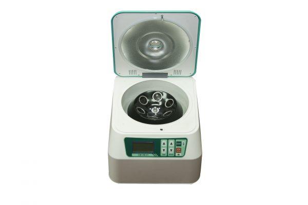 Центрифуга лабораторная СМ-3М.01 MICROmed для пробирок 50 мл